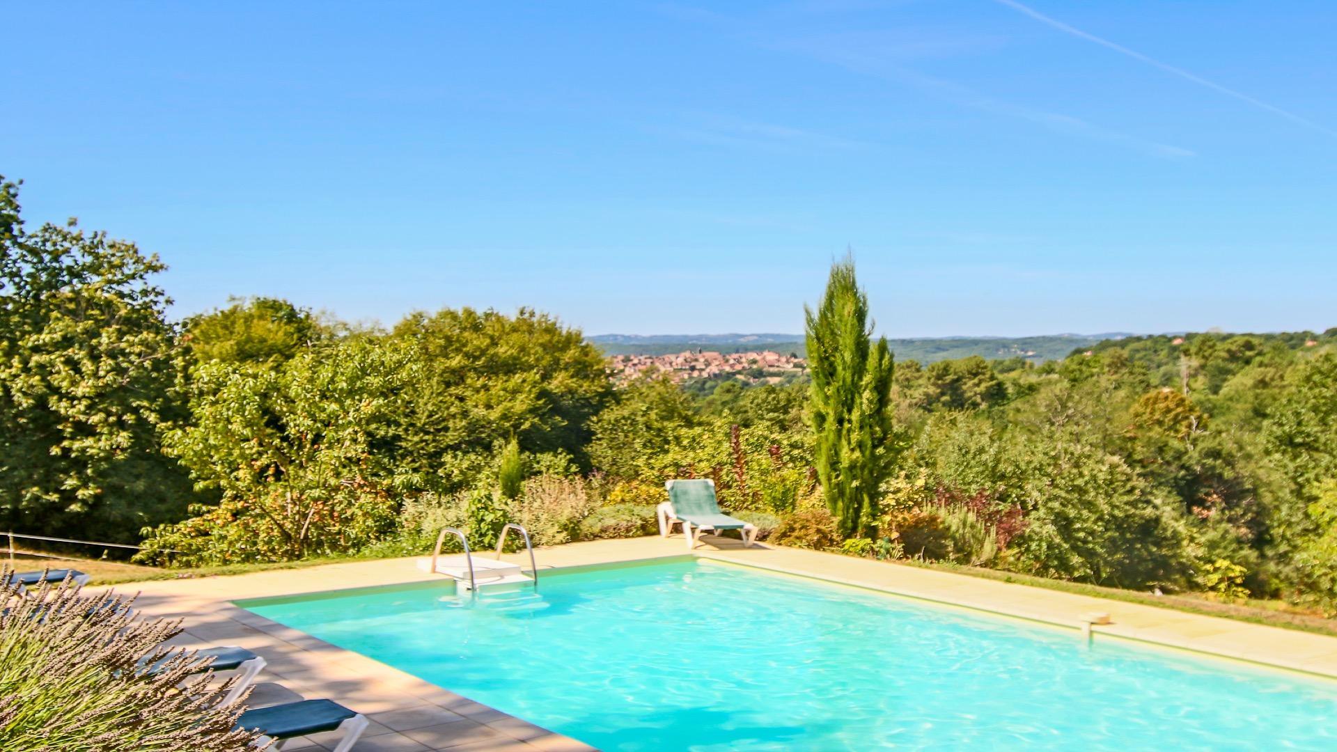 Le Pradal: Ensemble de 2 gîtes avec piscine chauffée DOMME